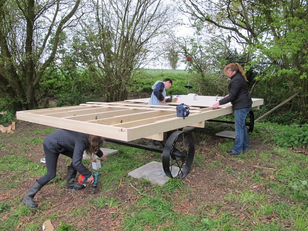 shepherd-hut-build-1.jpg
