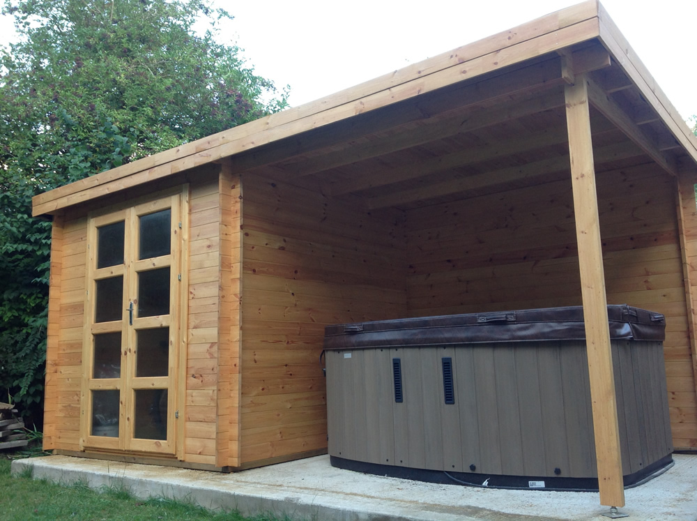 Elburg Modern Log Cabin