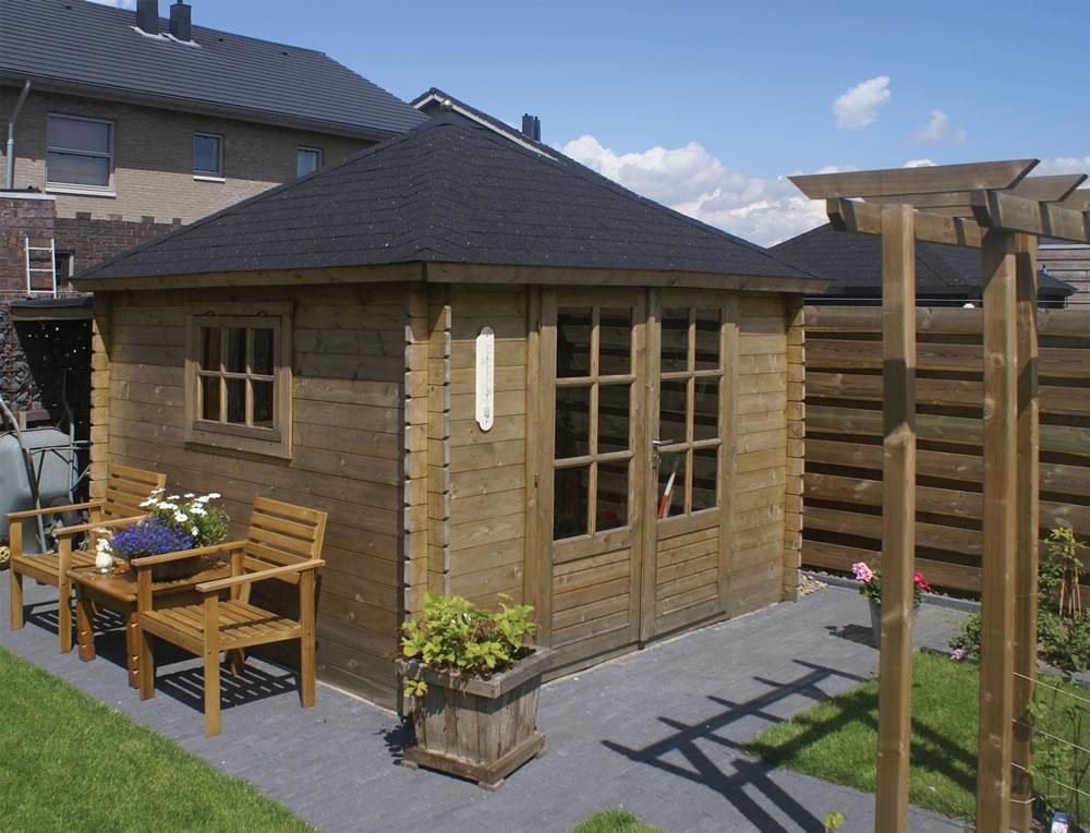 Halvar Log Cabin