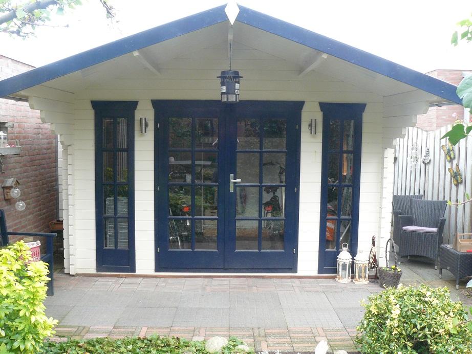 Inglund Log Cabin