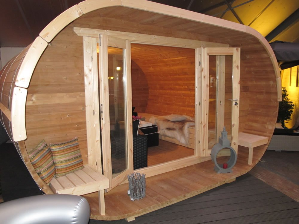 Oval log cabin office