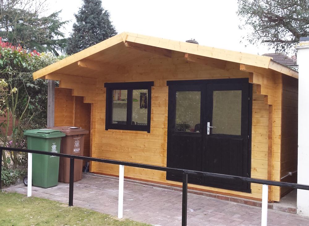 Stian 58mm log cabin
