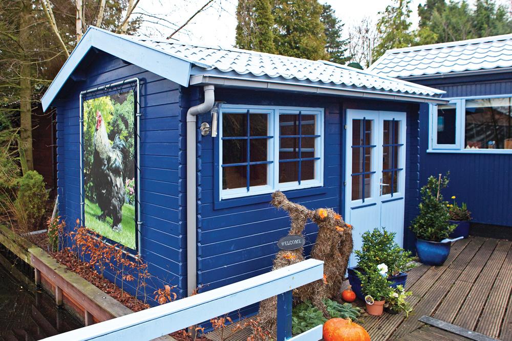 Aksel Log Cabin