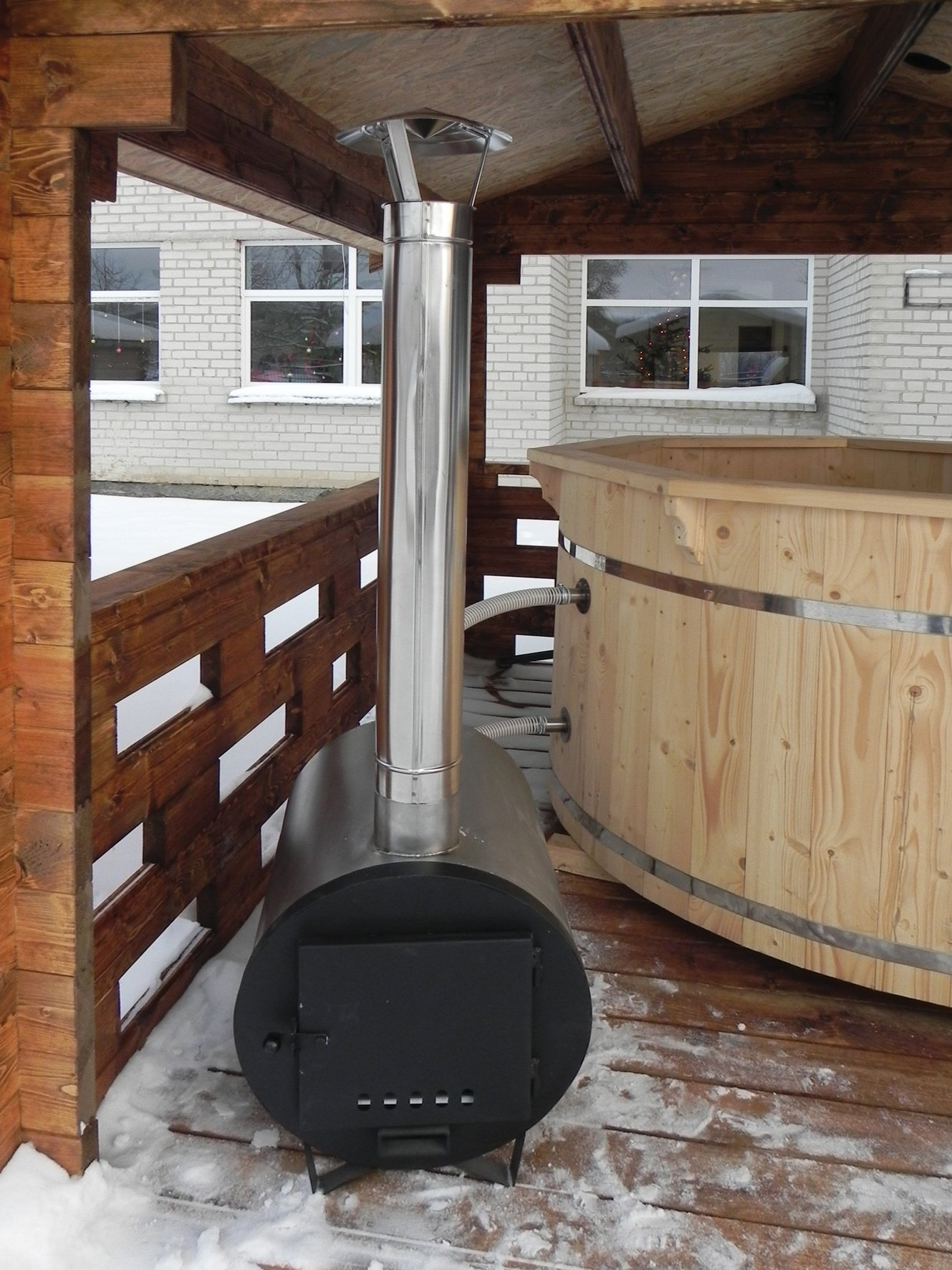 Barrel Hot Tub 200cm