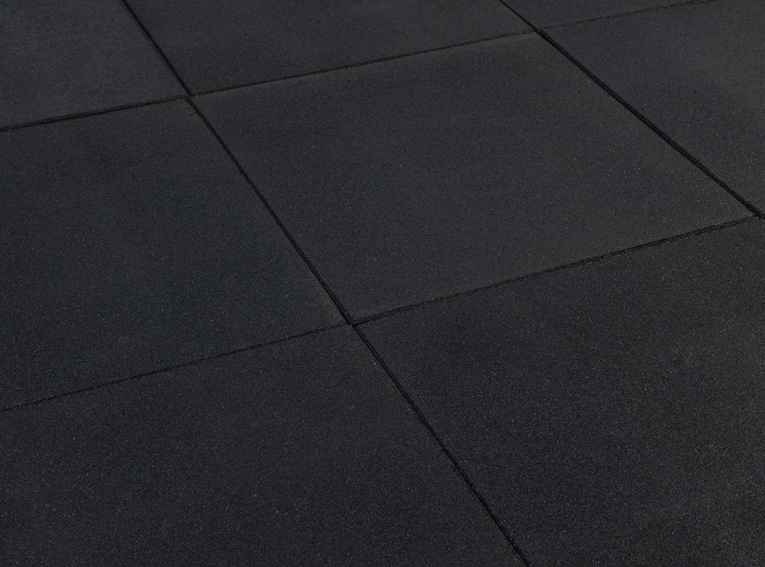 Outdoor Play Tile Black