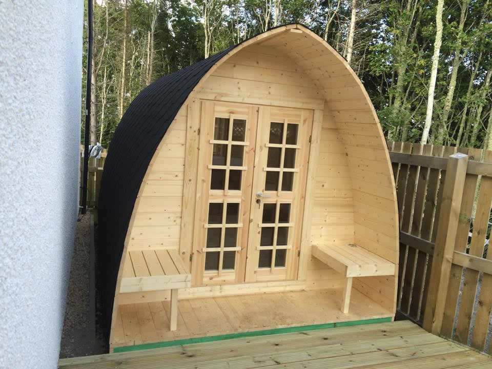 Camping pod log cabin