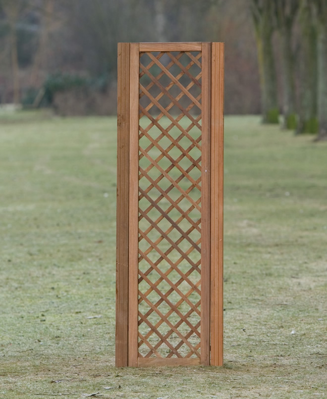 Diagonal Hardwood trellis 40cm