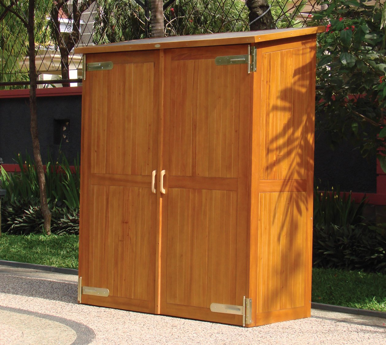 Outdoor storage cabinet waterproof