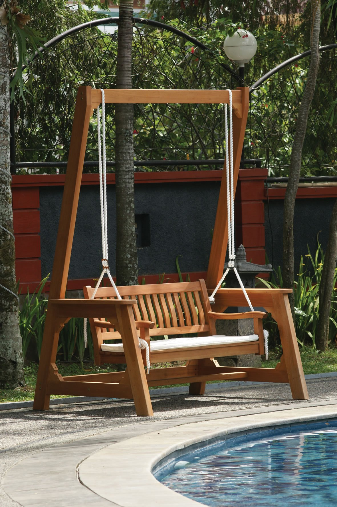 hardwood garden swing bench. Black Bedroom Furniture Sets. Home Design Ideas