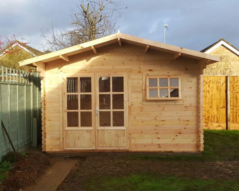 Ingmar log cabin