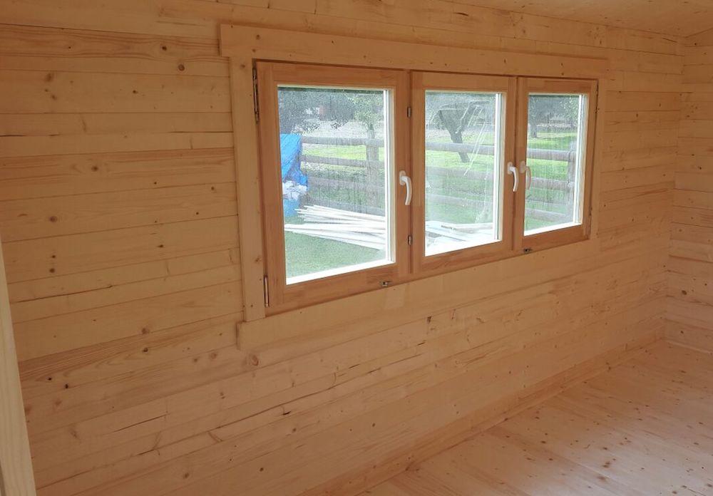 Ipswich log cabin windows