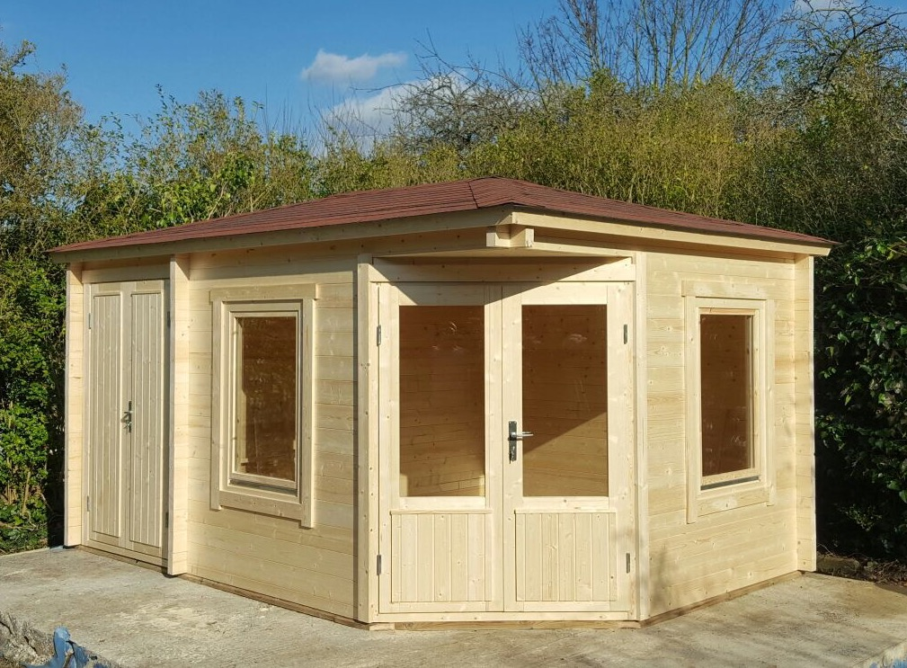 ... 58mm Jami Log Cabin With Side Annexe ...