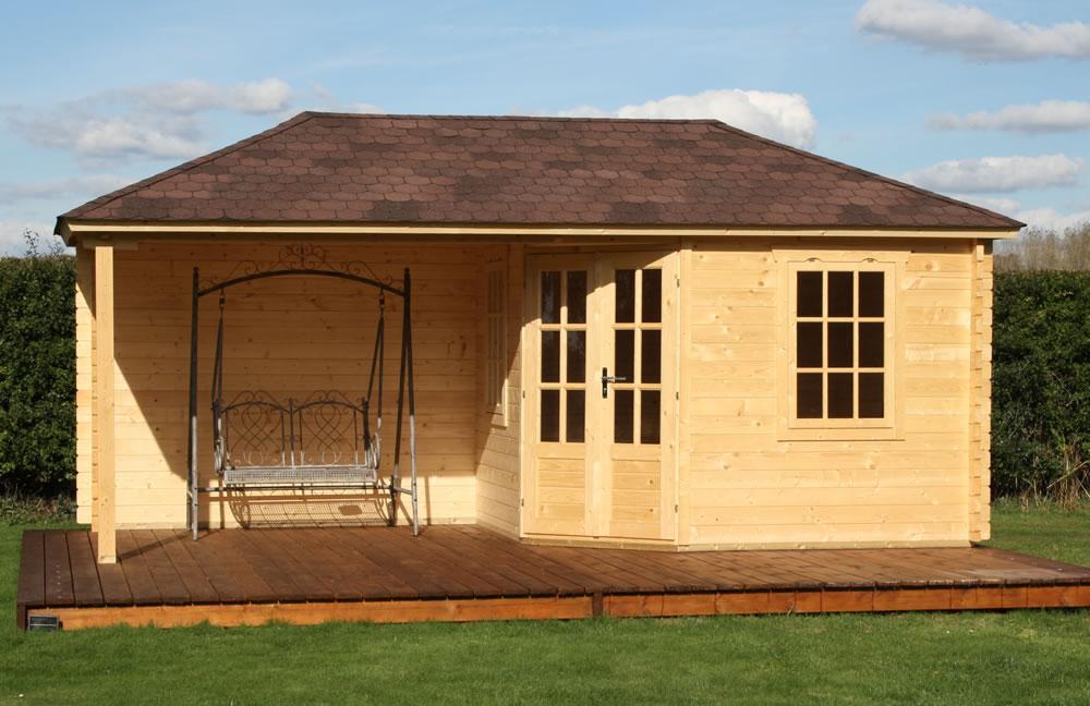 Jannie log cabin and gazebo