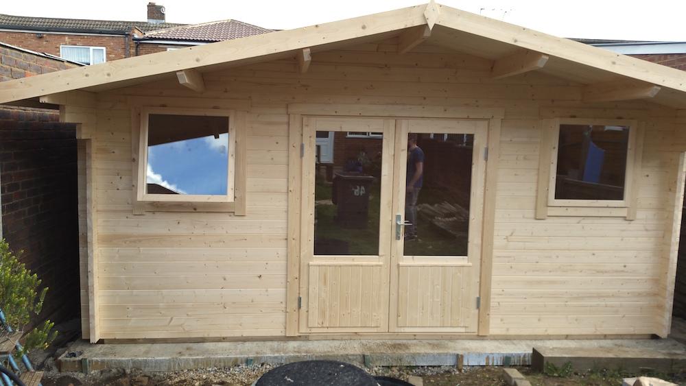 Karen 40mm double glazed log cabin