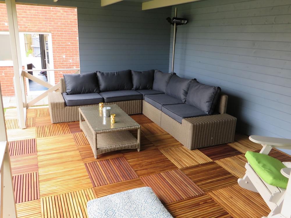 Konstantin log cabin gazebo with our Modena furniture set