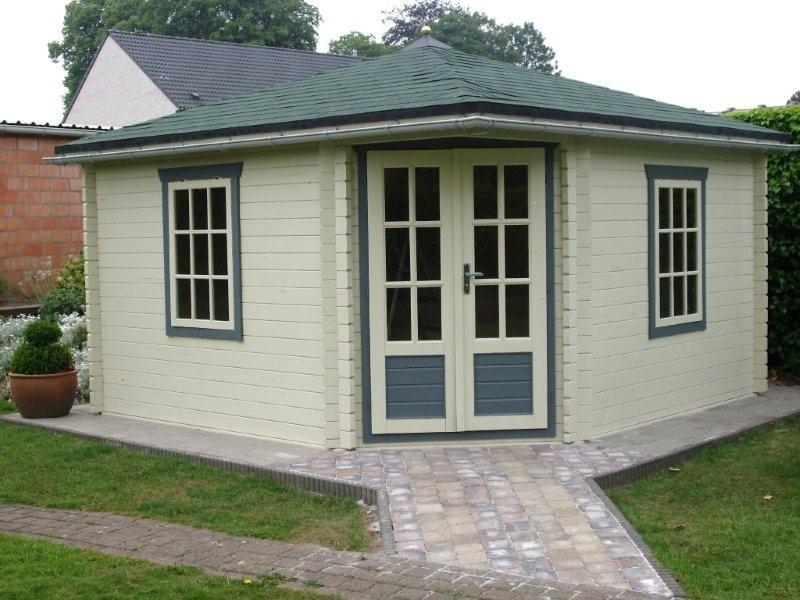 Lotte Log Cabin for a corner location