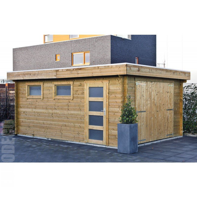 Markett log garage with a flat roof