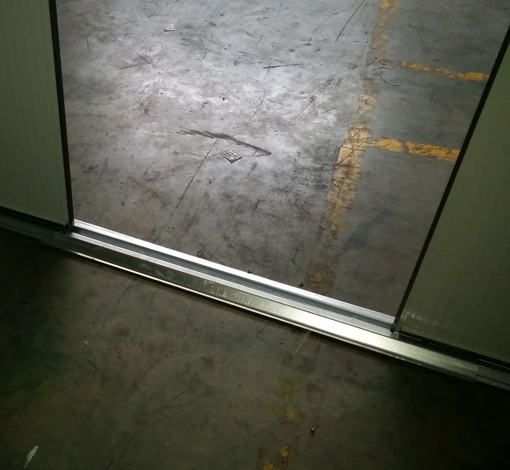 Metal shed door threshold