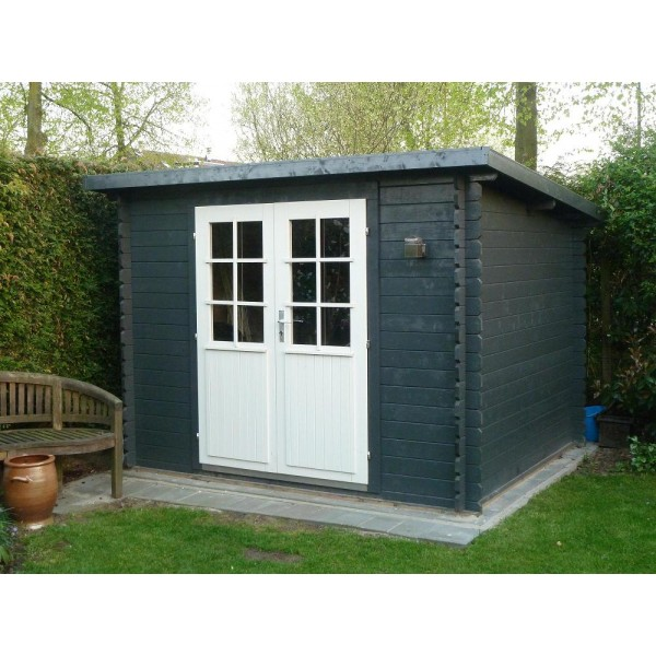 Mila pent log cabin