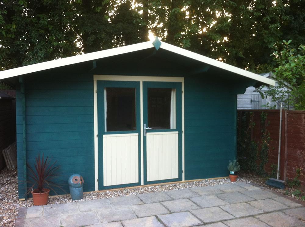 Palma log cabin