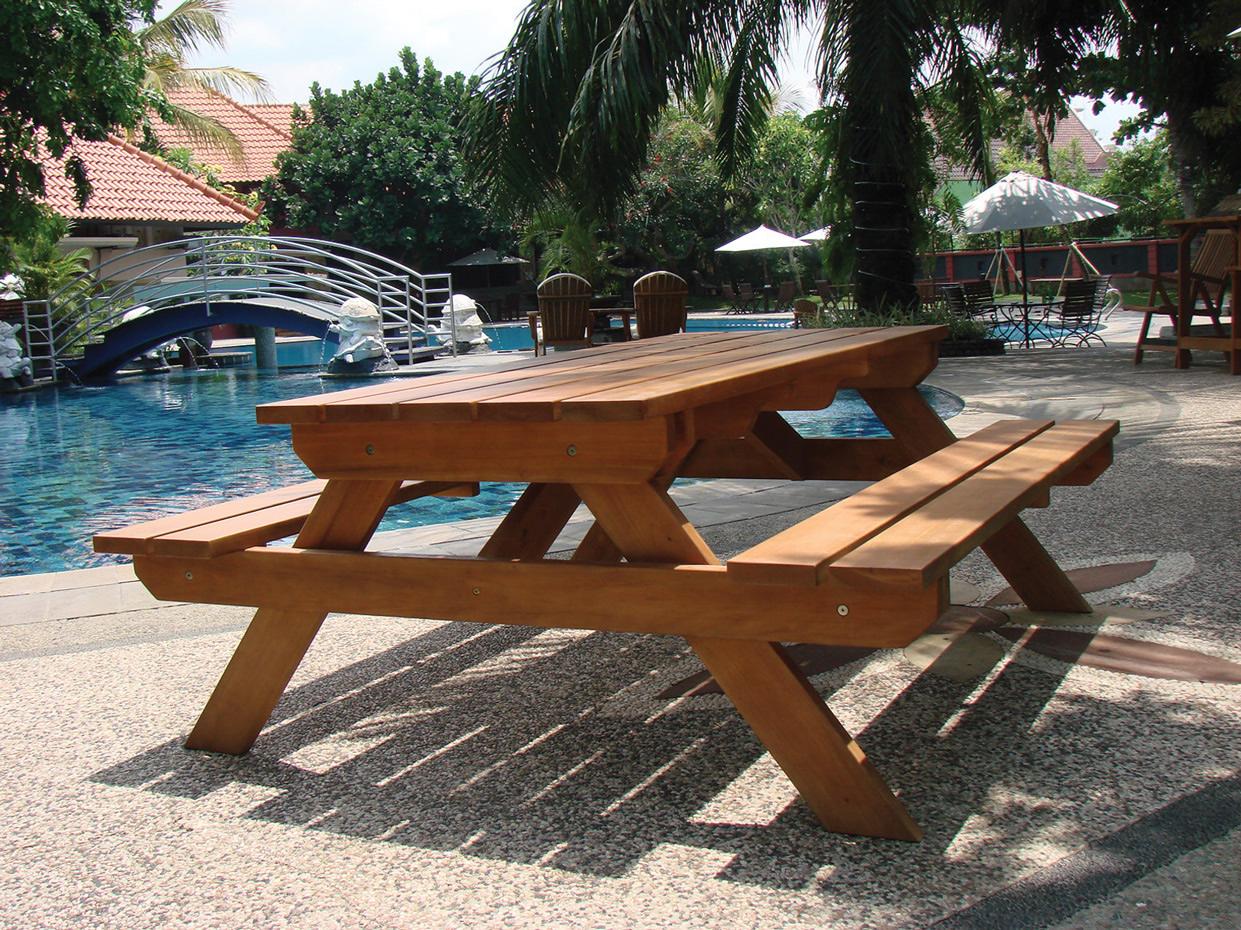 Picnic table comfort
