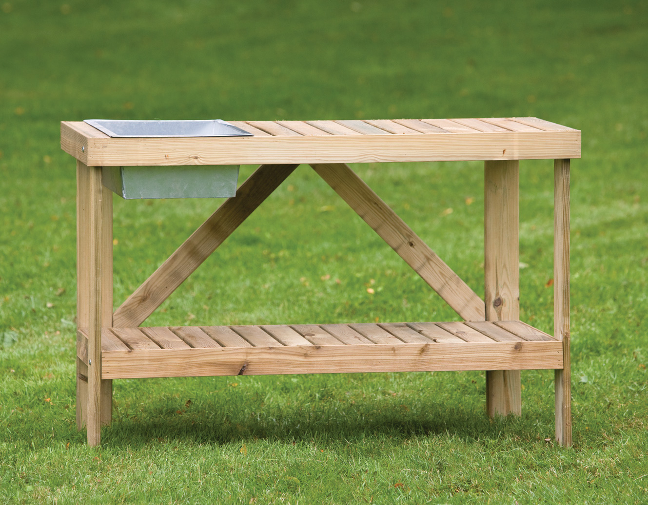 really handy addtion for your garden, a potting bench with a width ...
