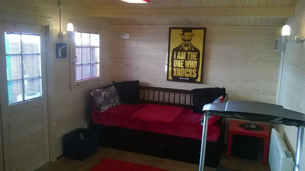 Rome log cabin inside