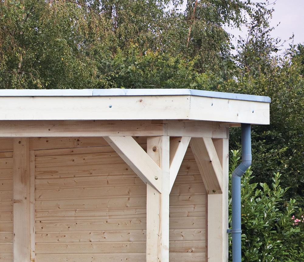 Flat roof log cabin EPDM aluminium trim