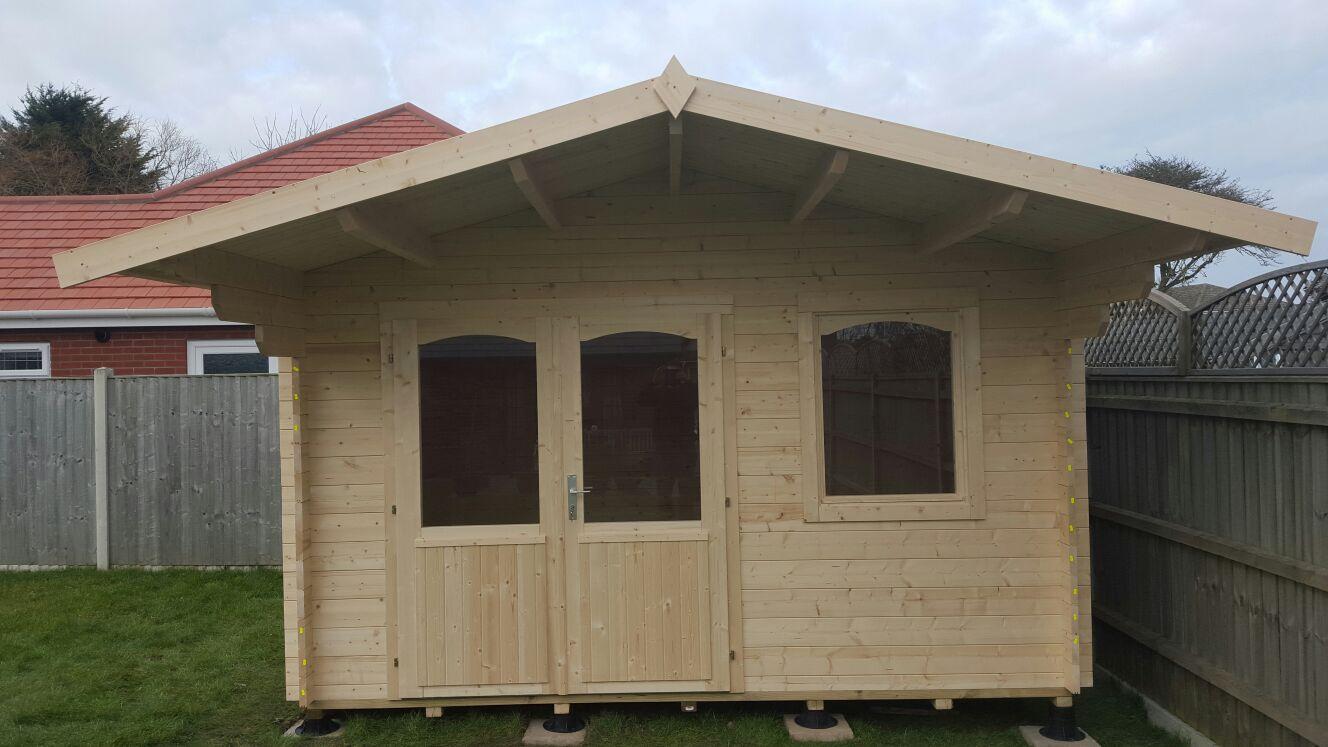 Rosen log cabin