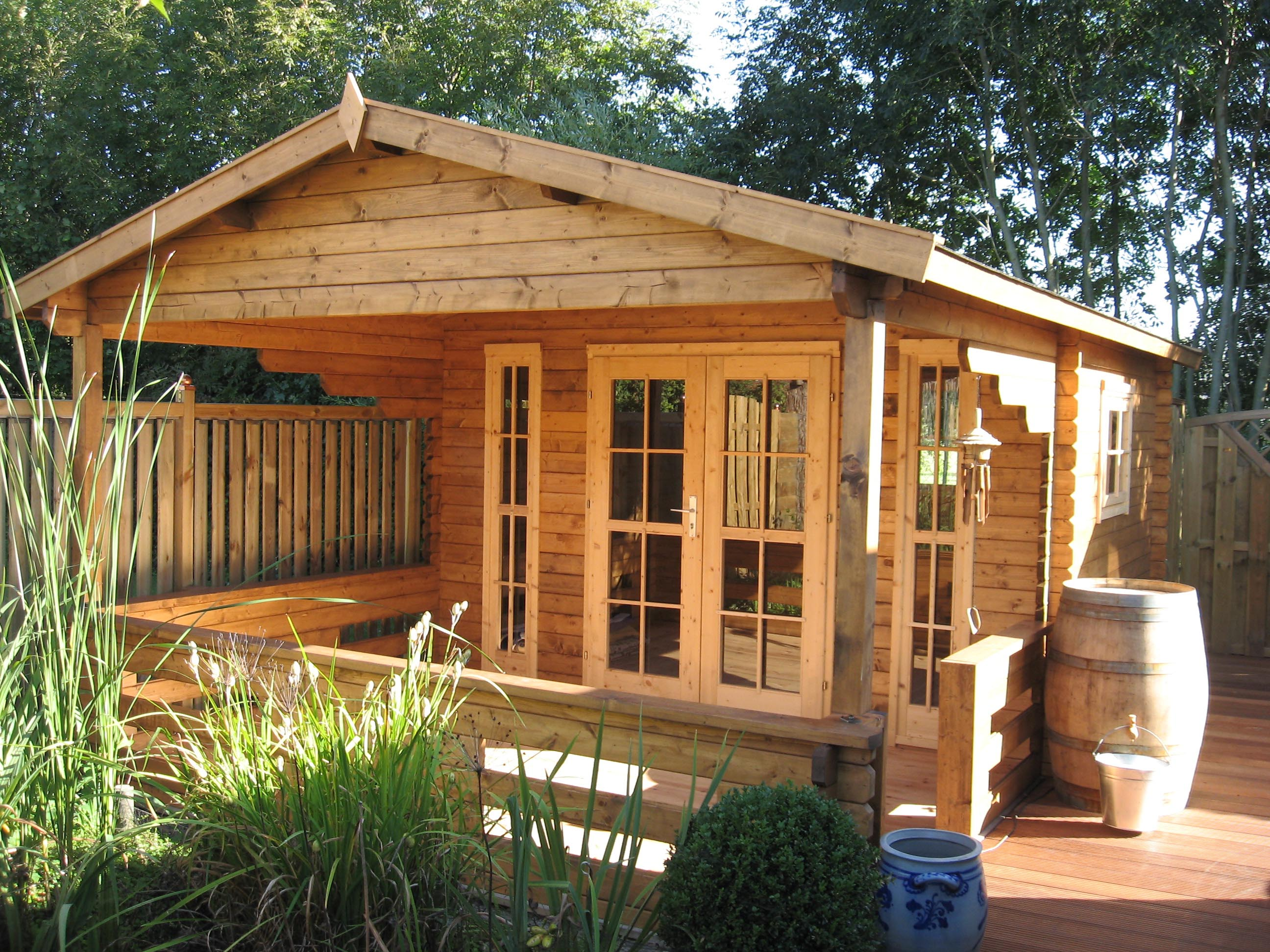 Sanstrov Log Cabin