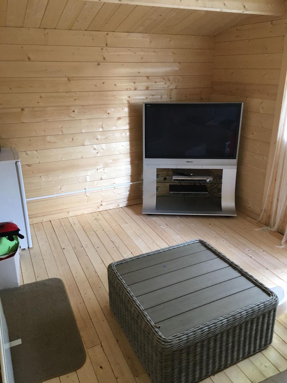 Inside a customer's log cabin - Summertime