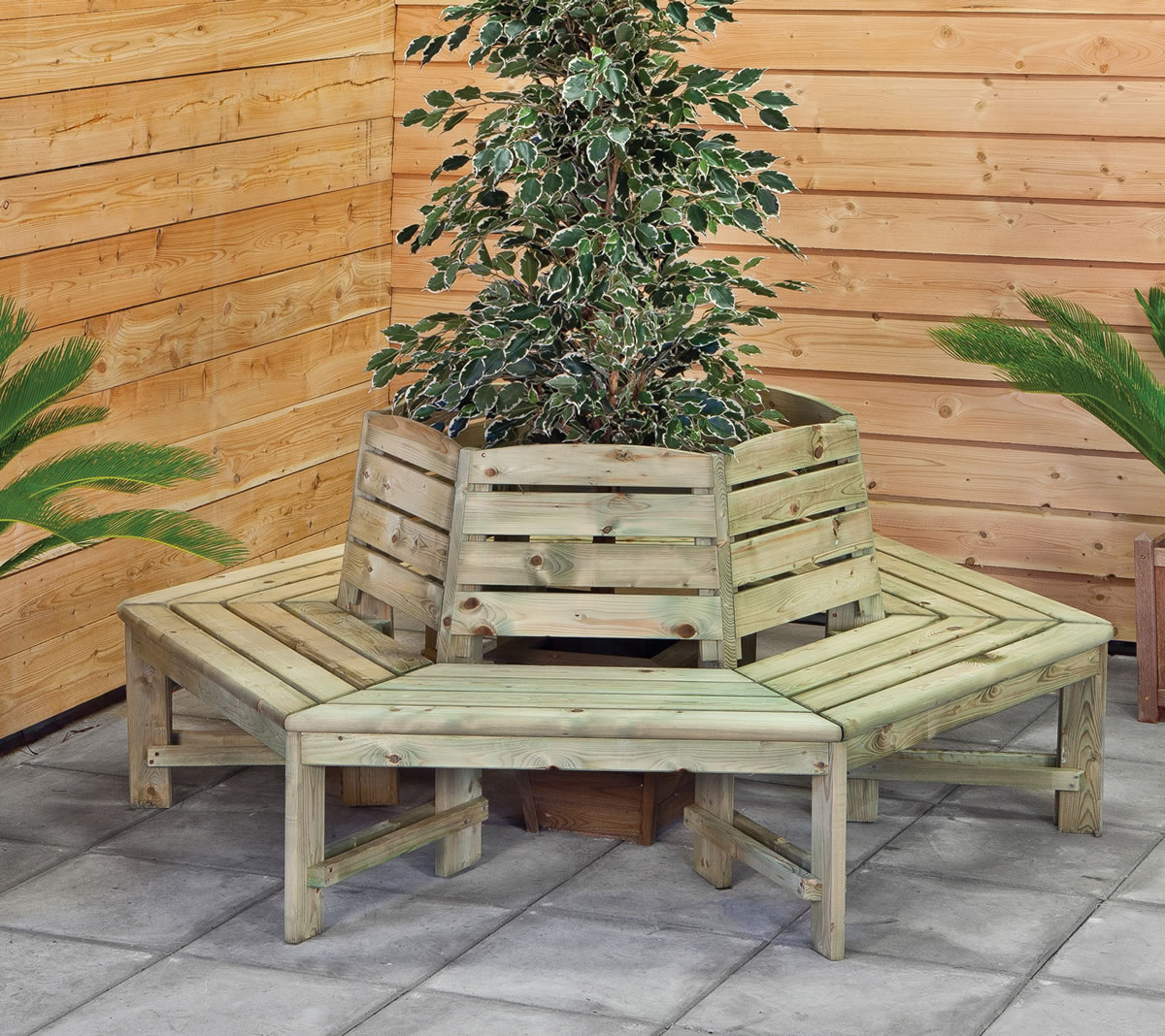 Hexagonal tree seat