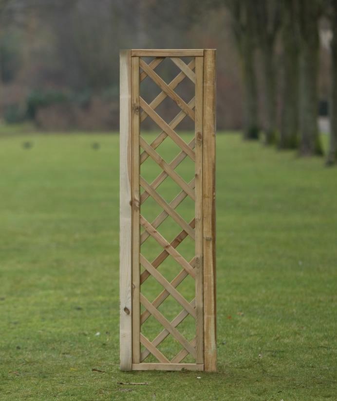 Framed Diagonal Trellis 40cm